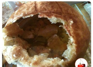 Bouillon au foie gras en croûte