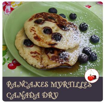 Pancakes aux myrtilles et soda Canada Dry