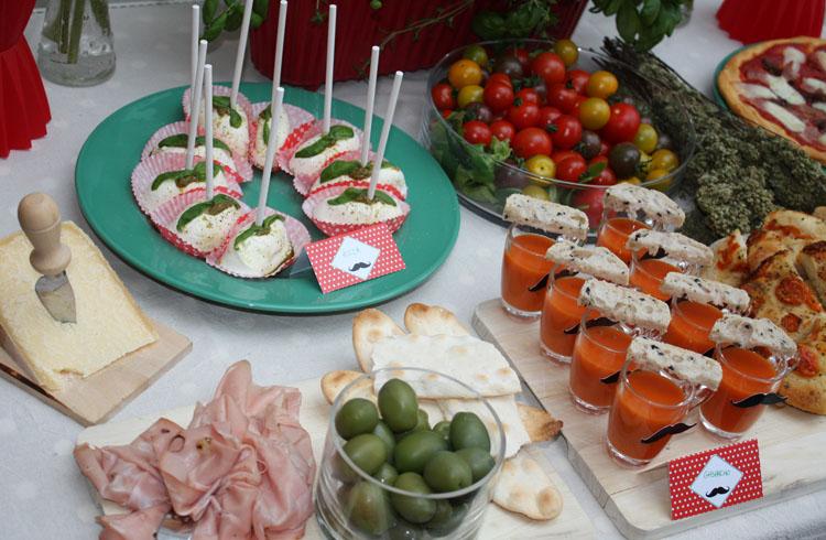 Decoration Italienne Table : Moustache italian party décoration de buffet salé