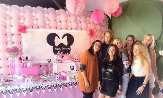 Minnie mousse party d coration de buffet d 39 anniversaire tout en rose - Kit anniversaire minnie ...