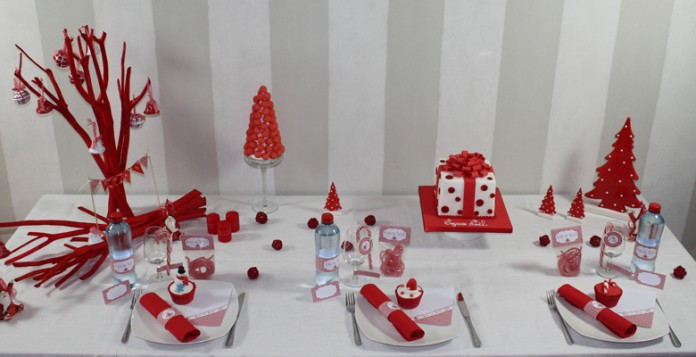Mon no l rouge pois d coration de table - Decoration table de noel rouge et blanc ...