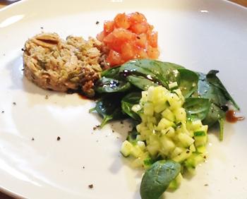 Tartare de thon, émulsion au balsamique, caviar de courgettes au thym