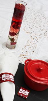 Une décoration de table de noël étoiles rouge