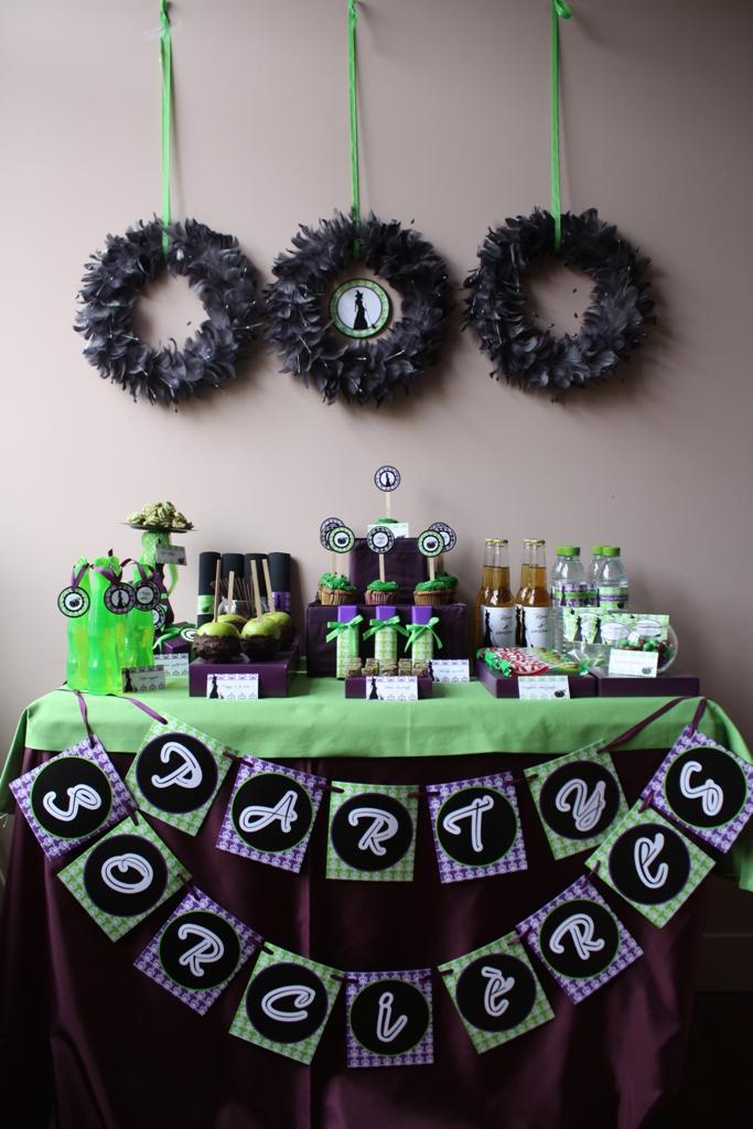 Sorciere Party - Chandeliers et citrouilles pour fêter halloween !