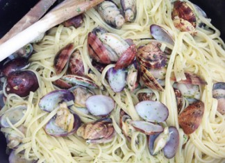 Linguini alle vongole - Pâtes aux palourdes