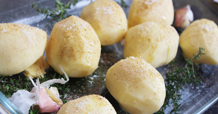 Pommes de terre éventail, cuisson au four