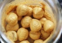 Colorer des fruits secs | L'astuce pour réaliser de noisettes en or