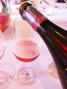 Quand le champagne s'habille d'une robe Rubis Velours, une nouvelle Cuvée chez Pannier...