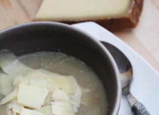 Soupe de chicons au Gruyère d'Alpage