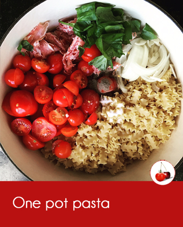 one pot pasta tomates pancetta et basilic recette en vid o. Black Bedroom Furniture Sets. Home Design Ideas