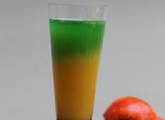 Un cocktail coloré à étages