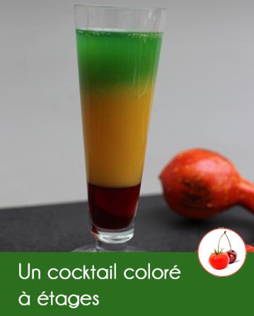 Un cocktail coloré à étages