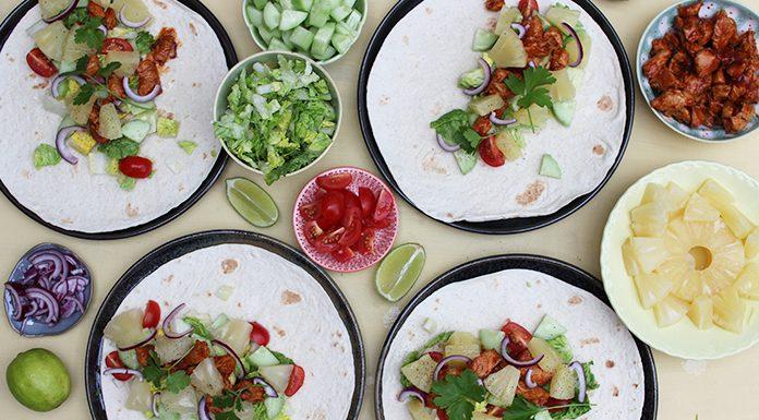 Tacos au poulet sauce barbecue et ananas | Une recette avec des fruits en conserve