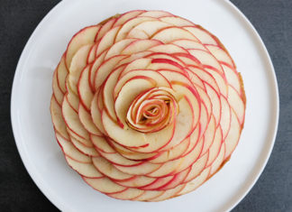 Tarte aux pommes comme une fleur