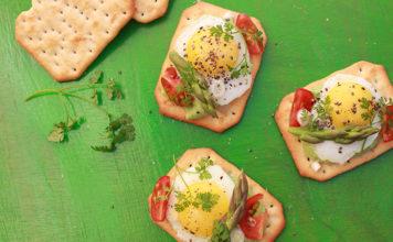 Tuc gourmand aux œufs de caille et asperges verte