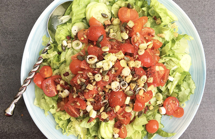 10 salades colorées pour un été haut en saveurs