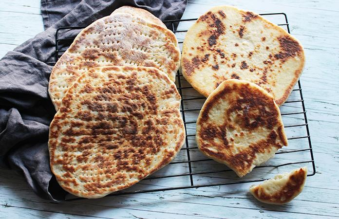 Pain pita maison à l'hummus | Une recette végétarienne
